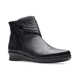 Clarks Hope Twirl Boots